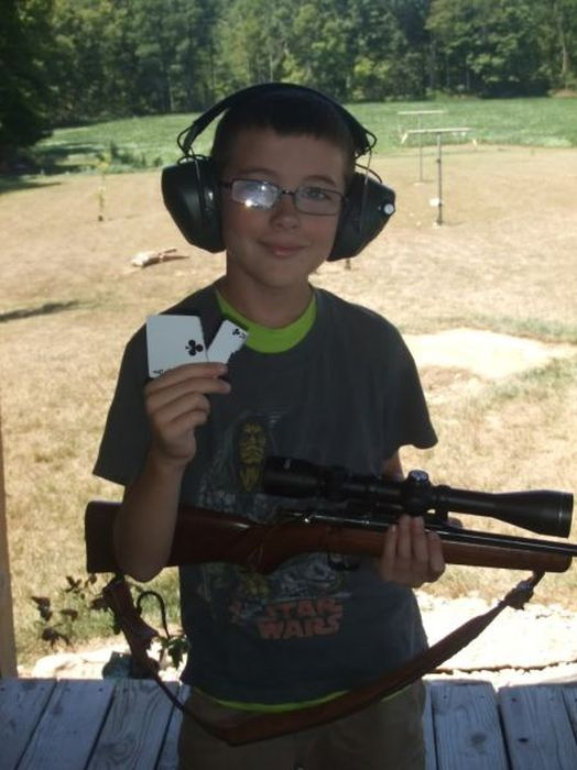 American Kids Love Their Guns (39 pics)