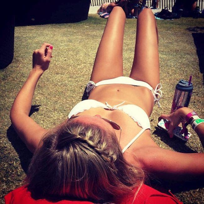 The Lovely Ladies Of 2014's Hangout Fest (40 pics)
