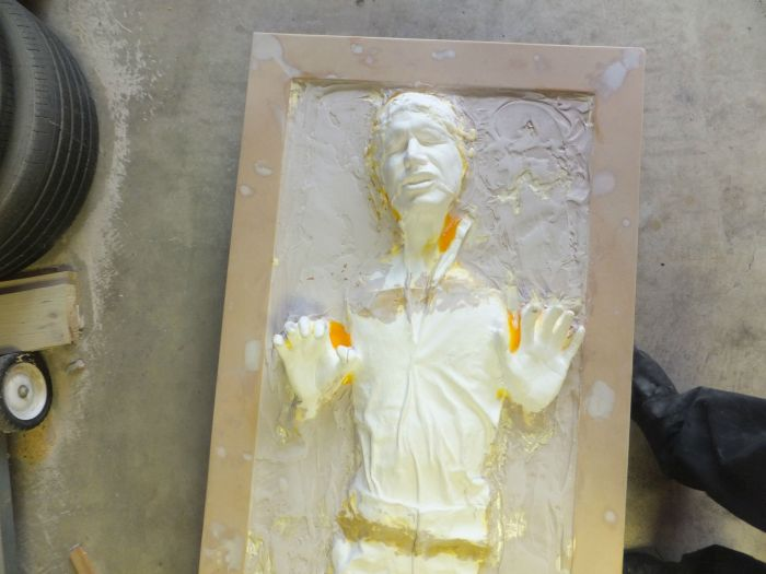 Awesome Replica Of Han Solo In Carbonite (22 pics)