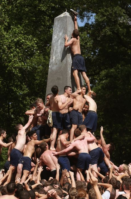 One Of The Weirdest Navy Traditions (22 pics)
