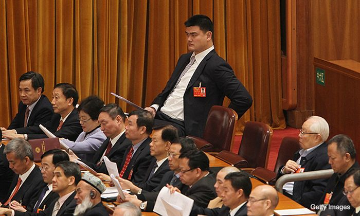 Yao Ming Makes Other People Look Like Ants (47 pics)
