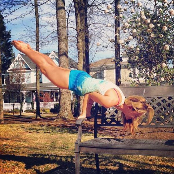 This Is The Hottest Yoga Instructor In The US (46 pics)