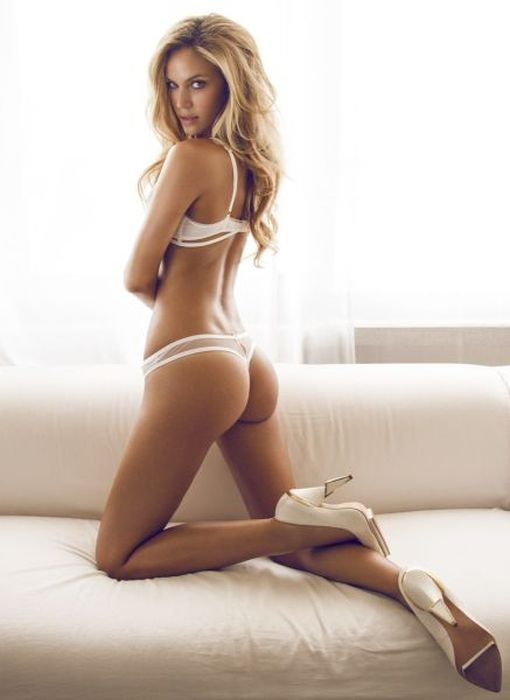 Nice Bum Where Are You From? (57 pics)