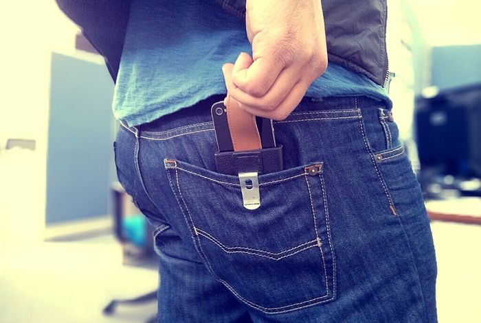 Don't Ever Keep Your Smartphone In Your Back Pocket (2 pics)