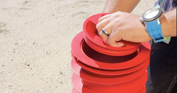 Awesome Invention For Hiding Valuables On The Beach (5 pics)