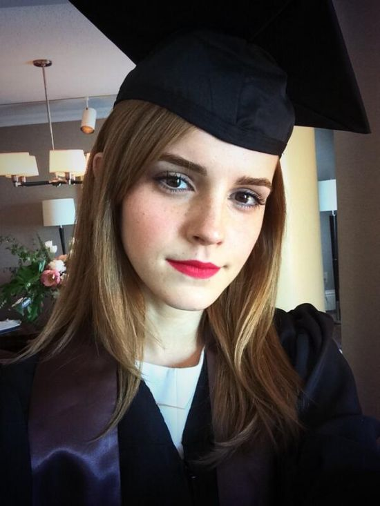 Emma Watson Graduated From College And Hogwarts (2 pics)