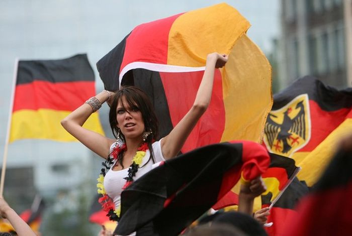 Hot Girls In The Stands At The 2010 World Cup (50 pics)