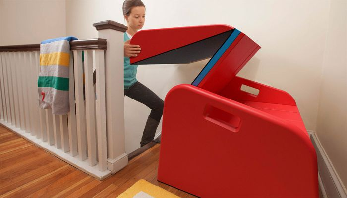 Turn Your Staircase Into A Slide (6 pics)