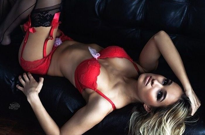 This Lingerie Is Sure To Brighten Your Day (51 pics)