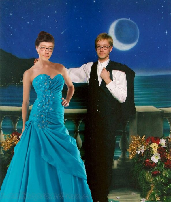 Alone At The Prom Is The Newest Meme Sensation (35 pics)