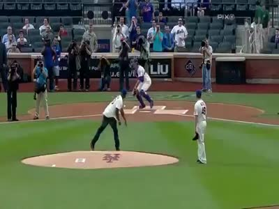 50 Cent Throwing A Baseball