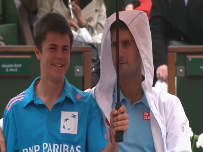 Funny Situation During A Tennis Match