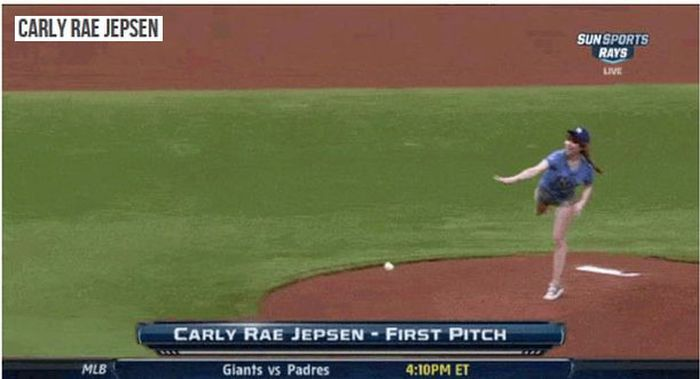20 First Pitches That Were Just Plain Awful (20 gifs)