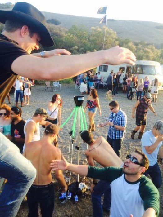 Drunk And Rowdy Is The Way To Be (60 pics)