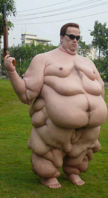 This Wax Statue Of Arnold Schwarzenegger Is Gross (5 pics)
