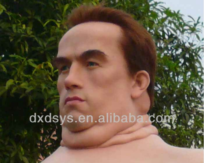 This Wax Statue Of Arnold Schwarzenegger Is Gross (5 pics)