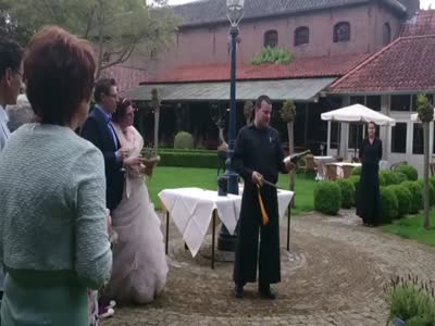Champagne Show On Wedding Gone Wrong
