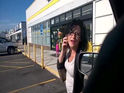 Racist Woman Vs Driver