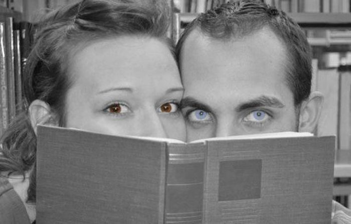 Extremely Awkard Engagement Photos (36 pics)