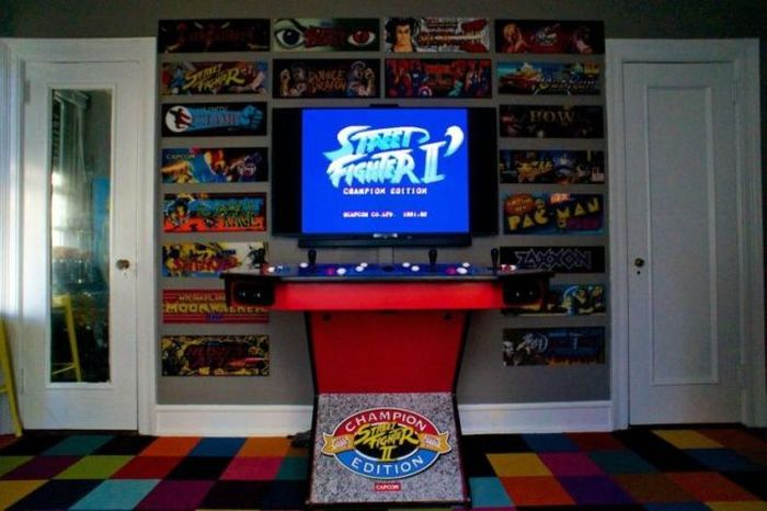 Man Turns Bedroom Into Arcade, Then Gets Dumped (4 pics)