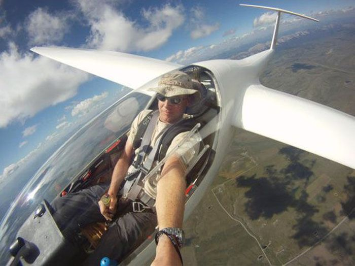 Terrifying Selfies From The World's Highest Places (21 pics)