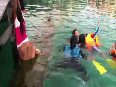 Girl Saves A Flooded Boat With Her Legs