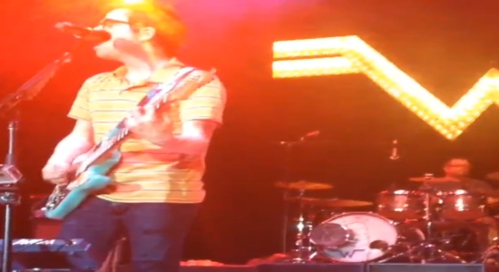 Weezer Drummer Catches Frisbee And Keeps On Playing