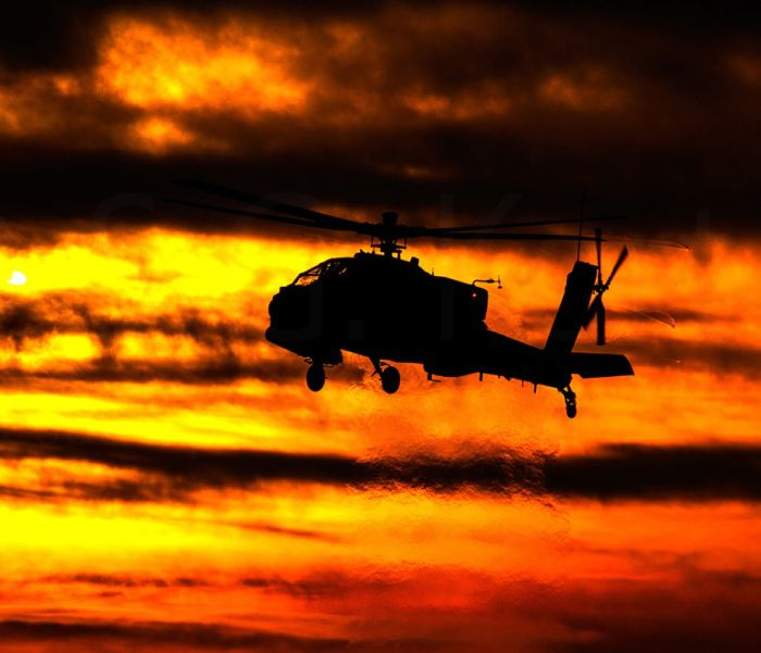 Apache Helicopters Look Epic In The Sunset (40 pics)