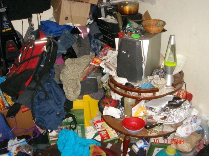 How Could Anyone Live Like This? (24 pics)