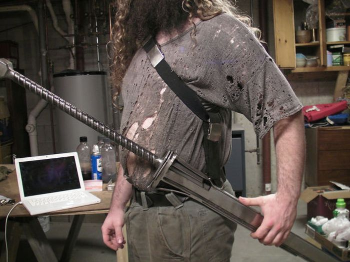 This Guy Makes Epic Swords (24 pics)