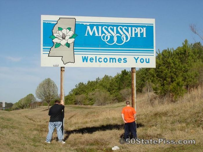 These Guys Pissed In All 50 States (50 pics)