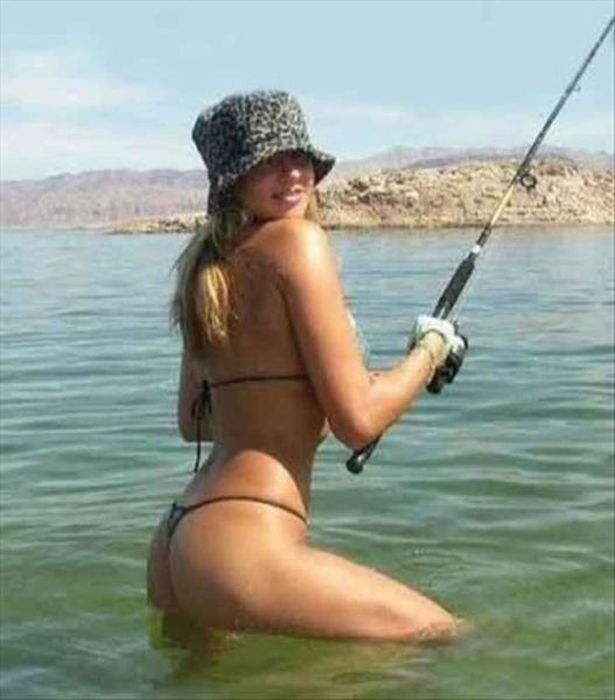 Watching These Girls Fish Is Fun (69 pics)