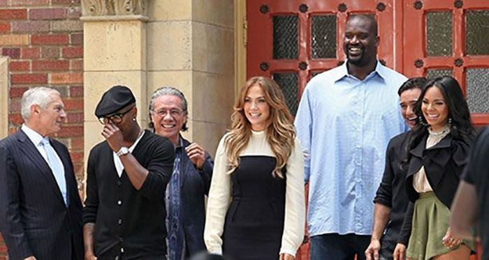 Shaq Makes Everyone Else Look Tiny (21 pics)