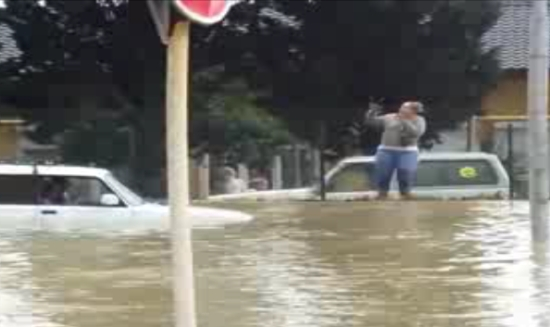 Russian Cars Can Drive Underwater