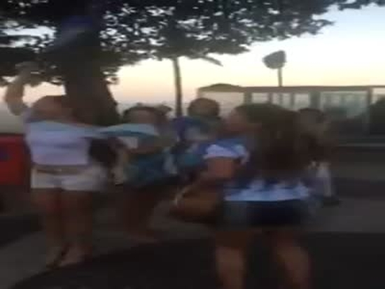 Mexicans Troll Argentina Fans