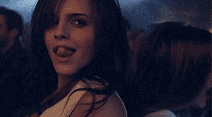 Everything About These Emma Watson GIFs Is Adorable (31 pics)