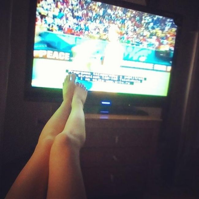 The Beautiful Legs Of Ladies Watching The World Cup (23 pics)