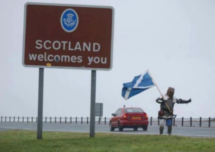 Things You Will Only See In Scotland (44 pics)