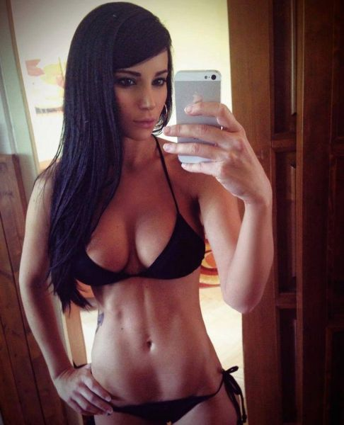 All These Girls Have Something In Common (72 pics)