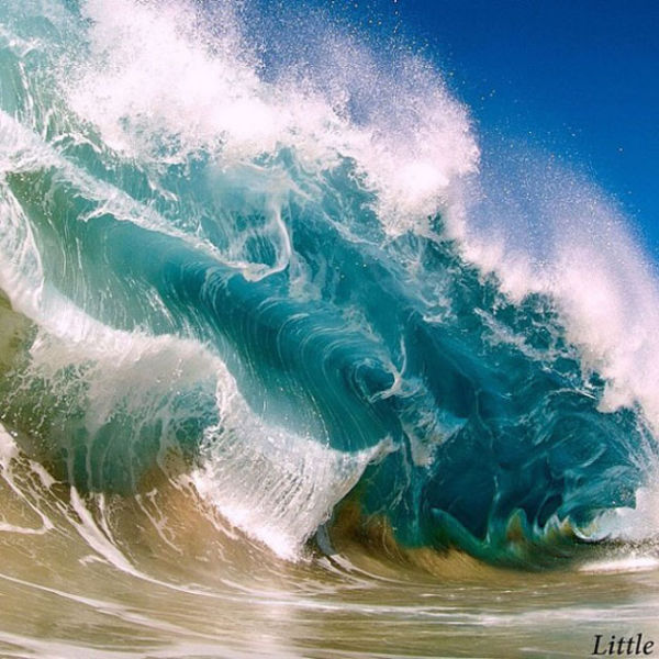Photos From The Inside Of A Wave (24 pics)