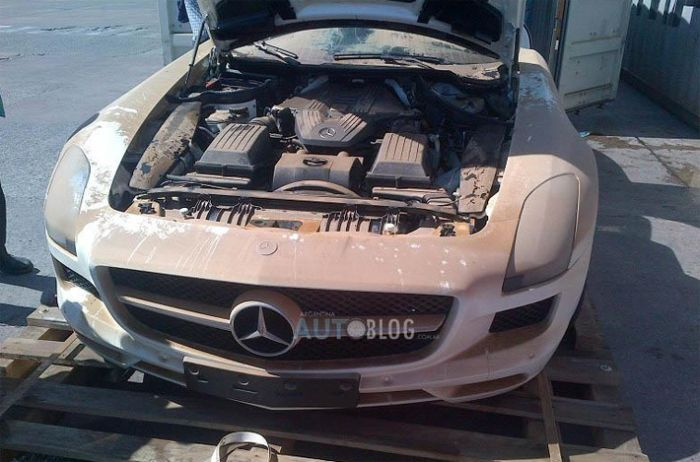 Say Goodbye To This Beautiful Mercedes (8 pics)