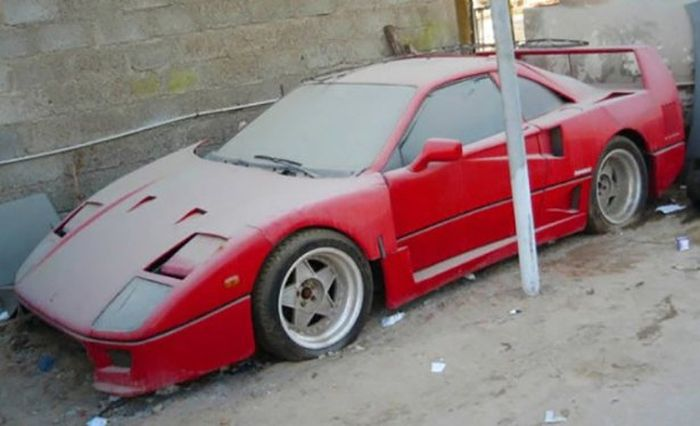 One Man's Dream Car Is Another Man's Junk (40 pics)