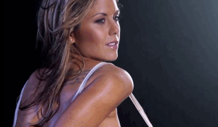 Brittney Palmer Is Perfect In These GIFs (30 gifs)