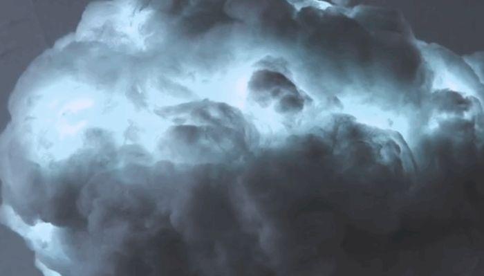 Incredible Lightning Cloud Lamp (4 pics)