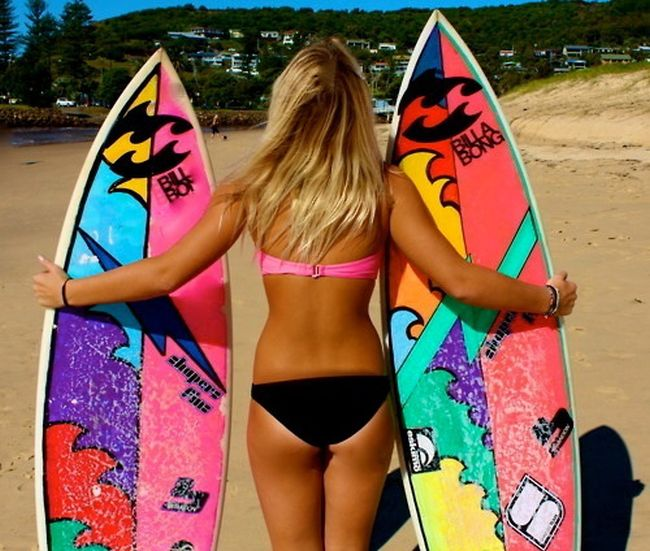 Surfer Chicks Know What's Up (42 pics)