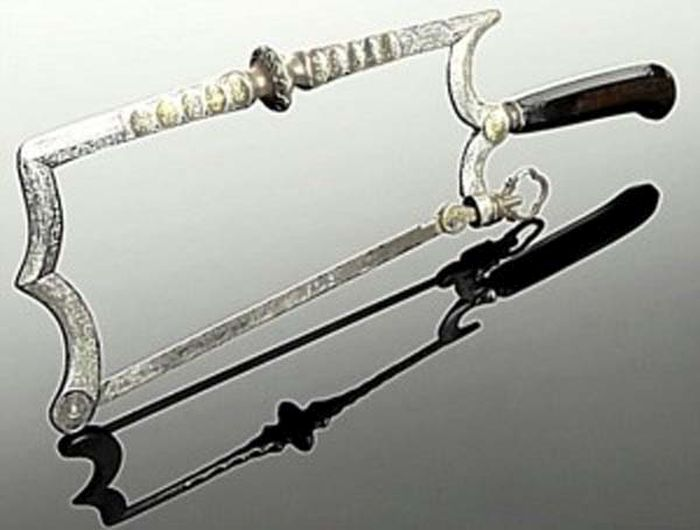 Surgical Tools You Want To Stay Away From (20 pics)