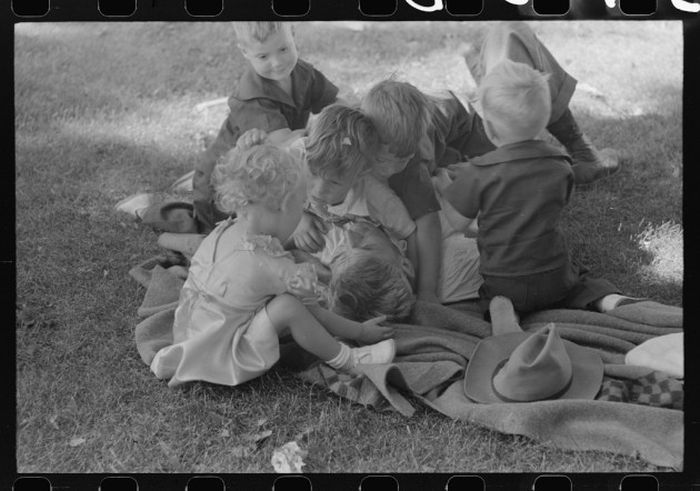 How America Celebrated 4th Of July In 1941 (49 pics)