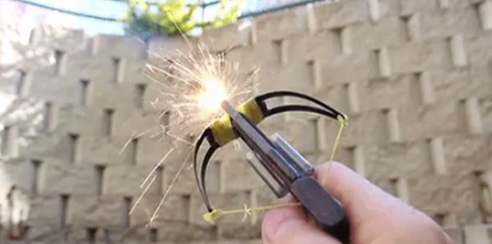 How To Build A Mini Crossbow (11 gifs)