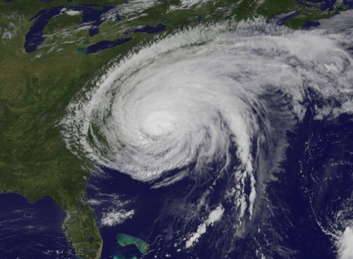 15 Expensive Hurricanes Viewed From Outer Space (15 pics)