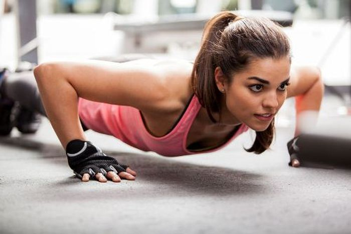 Simple Exercises That Will Get You Into Great Shape (7 pics)